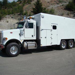 2015 Peterbilt T/A Fuel Truck – Polar Crane & Equipment Ltd