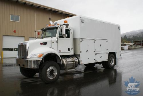 Single axle lube truck 2